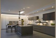 Roundhouse grey kitchens / Roundhouse bespoke kitchens in a contemporary style
