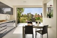 Roundhouse inside to outdoors / Roundhouse kitchens that flow seamlessly from inside to outdoors