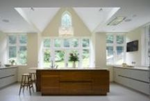 Roundhouse large spaces / Roundhouse bespoke kitchen in large spaces