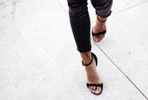 S H O E S / Escarpins Baskets Boots Talons hauts  Shorts addict
