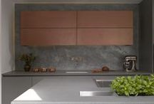 Roundhouse mixed materials / Mixing materials in Roundhouse bespoke kitchens