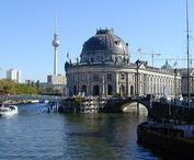 Museum Insel Berlin / An island of treasures within magnificent museums: Altes, Neues, Bode and Pergamon. Love them!