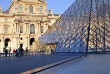 Museu do Louvre / Paris é endereço do Museu do Louvre, em primeiro lugar na lista dos museus mais visitados do mundo. Então, para não perder tempo, é possível reservar visitas guiadas com a Pariscityvision e garantir acesso prioritário.