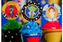 Cupcake Wrappers and Toppers / Themed party cupcake wrappers and toppers for your next celebration! These are so fun to use to celebrate your next event!