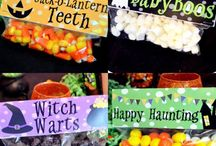 Halloween; Halloween Party / Halloween Party; Halloween favors; Halloween Party Cupcake wrappers and toppers.