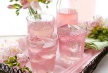 LA VIE EN ROSE / Why do women like pink?