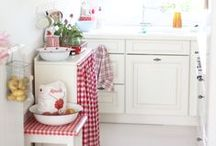 Kitchen Kitsch / by Amy Stewart