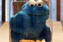 Njami njamiii Cookie Monster / Sweets for my sweet, sugar for my honey / by jukilajn