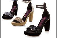 Madame Flamingo Shoe