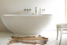 Bathroom / by Alina Moza