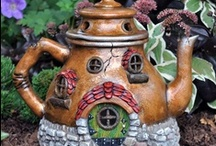 J D Tea Pots That Are Unusual / by JoAnn Shoe Queen 1