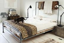 Bedroom / by Alina Moza