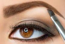 Perfekte Augenbrauen / Augenbrauen perfekt in Form bringen und betonen! Mit den richtigen Produkten gelingen wunderschöne Augenbrauen im Handumdrehen. www.wimpernwuensche.de