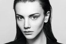 Stunning face shots. / Incredible face shots of stunning women