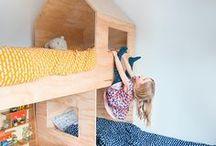 Barnsmarta Villan / I år fyller SmålandsVillan 20 år. Det vill vi fira genom att lansera Barnsmarta Villan, ett helt nytt hus för både stora och små. På Pinterest samlar vi alla de tokiga, roliga och praktiska inredningslösningar som vi inspireras av.