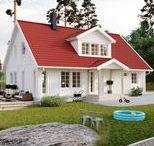 Våra hus / SmålandsVillan bygger kvadratsmarta, barnvänliga och omtyckta hus. Vi erbjuder 19 olika husmodeller och lagom många tillval. Våra hus tillverkas dessutom inomhus och monteras i moduler. Vilket ger kort byggtid och ett prisvärt boende.