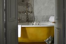 Lovable classical bathrooms / Klassiek en stijlvol