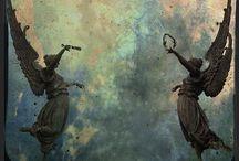 Ангелы и серафимы