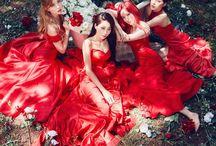 Nine Muses (나인뮤지스) / Nine Muses (나인뮤지스) - Kyungri, Hyemi, Sojin, Keumjo, Sungah (On Hiatus) Former Members: Hyuna, Euaerin/Erin, Minha, Lee Sem, Eunji, Sera Bias: Erin/Kyungri
