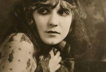 1910s Hair & Make-up
