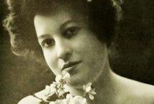 1900s Hair & Make-up