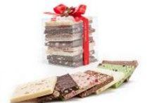 Schoggiwürfel & Schokoladenherzen / Kreieren Sie sich Ihren eigenen Schoggi-Würfel mit den gewünschten miniTafeln. Es stehen Ihnen dazu verschiedene Verpackungen und über 10 verschiedene Tafelsorten zur Auswahl. Www.miniSchoggi.ch