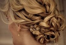 Hair / by Savana D'angelo