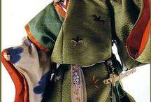 Muñecas japonesas / Hermosas muñecas vestidas con kimonos, de porcelana, cerámica. / by Mitchan Inouye