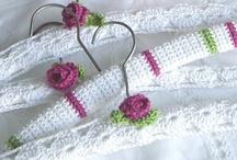 Crochet - Coathangers !