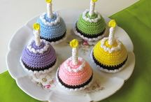 Crochet - Cupcakes And Cakes !