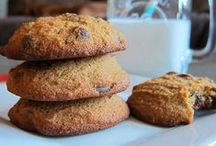 Paleo Treats / grain-free, dairy-free and refined sugar-free sweet treats and desserts!