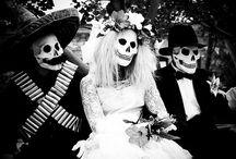 Dia De Los Muertos / Day of the Dead / by Carmen Edwards