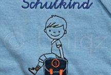 Schulanfang / Mit Namen bestickte T-Shirts zum Schulanfang - Erster Schultag - Einschulung