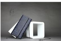 Wallets & Purse / Update all kinds of fashion & beautiful wallets or purse. such as leather wallet, canvas wallets, nylon wallets, polyester wallets and so on. More Fashion Wallets on http://www.omgnb.com/wallets