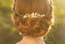 - Chignon & bigoudis  - / Les coiffures de la mariée.
