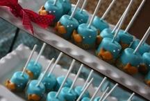Cake pops / by Chantal Pinar