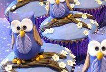 Cupcakes!! / by Ashley Britt