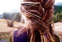 Beauty & Hair Tricks / by Amanda Arocho