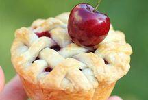 Desserts / by Anne Richardson