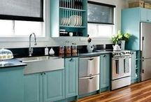 Kitchen Ideas / Cabinets, Colors, Layouts, and Designs