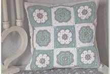 szydełkowanie/crochet - poduszki/pillows