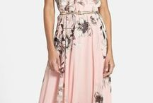 Pretty Dresses / Dresses I like and would wear.