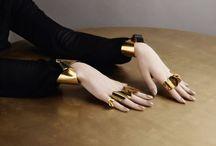 Gioielli contemporanei / Il design nei gioielli