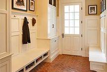 Droomhuis - HAL / Een fijne plek waar alle jassen, vieze schoenen, tassen, etc. kunnen worden bewaard.