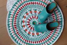 t-shirt rug / О ковриках, сделанных из трикотажной пряжи trapillo