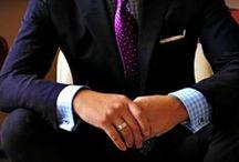 Outfits für den männlichen Wintertyp / Outfitkombinationen für den männlichen Wintertyp. Kühl, klar und kontrastreich.