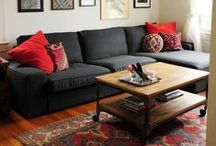 Living Spaces featuring Oriental Rugs / How to incorporate old world Oriental rugs into any modern living room or den.