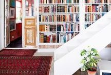 Lust-Worthy Libraries / The coziest places to curl up and read. #rugs #books #organize #texture #bookwall #persian