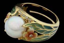 Vintage jewells