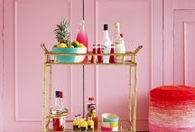 Cocktail anyone? / Bar carts and delicious cocktail recipes